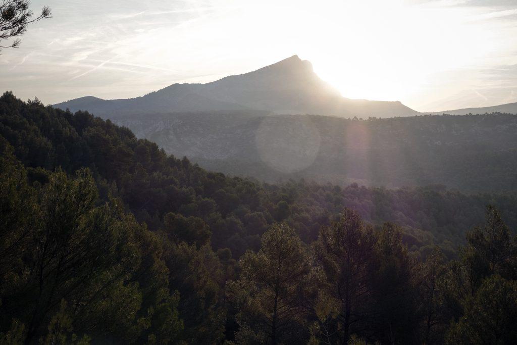 Lever de soleil sur la Sainte Victoire