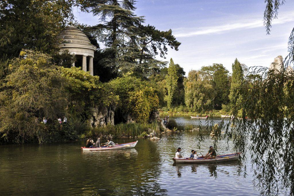Lac Daumesnil à l'entrée du bois de Vincennes