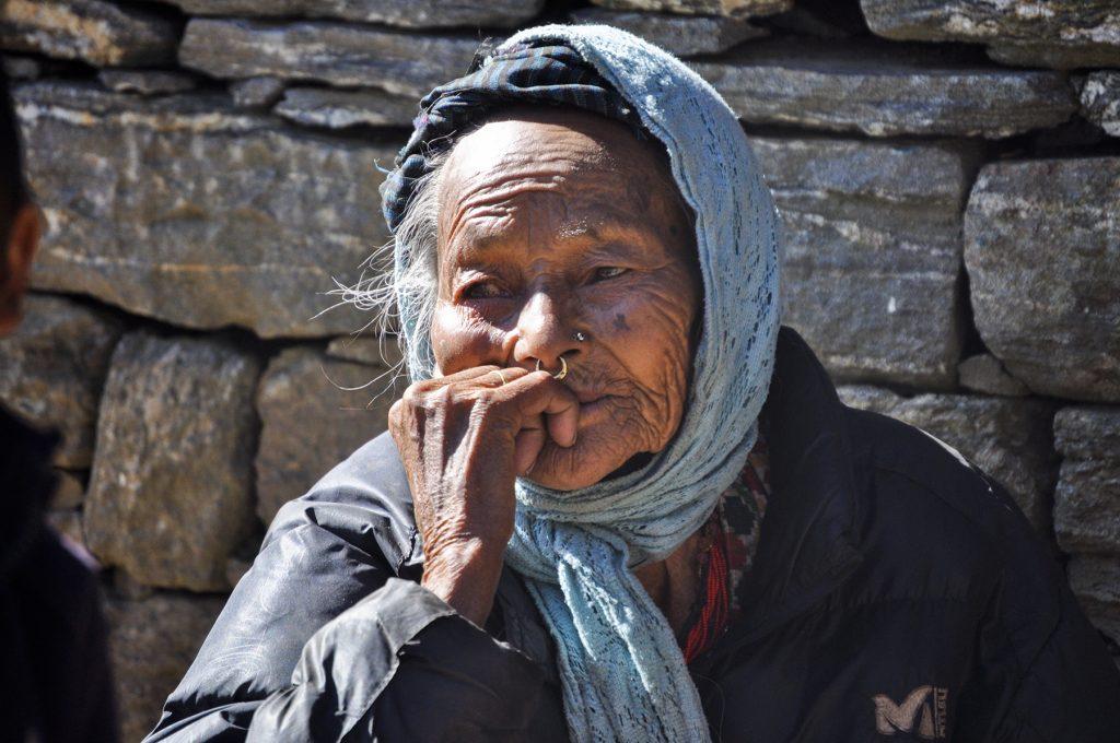 Portrait d'une habitante de la région de l'Everest