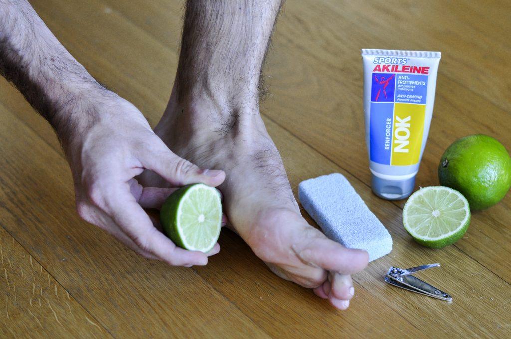 Le tannage des pieds pour les renforcer