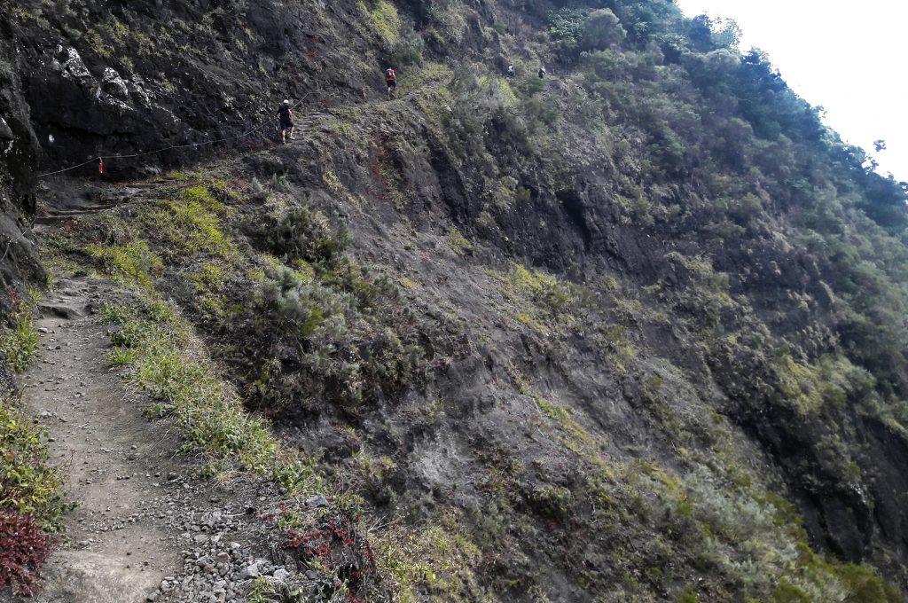 Sentier scout dans Mafate